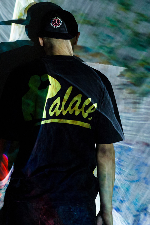 palace-skateboards-2015-winter-lookbook-3
